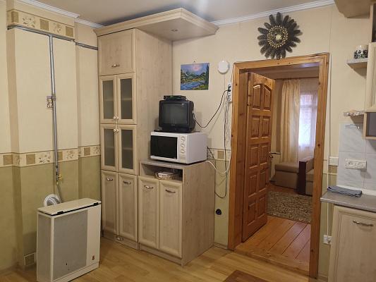 Дом посуточно в Сходнице, ул. Ивана Франка, 42
