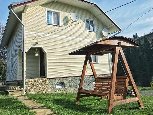 Дом посуточно в Плавье, ул. Вадрусивка, 96А. Фото 1