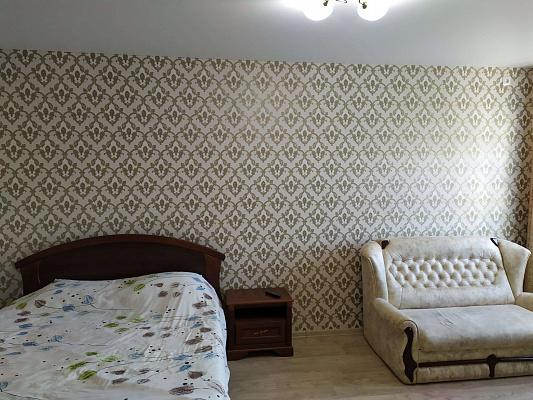 Однокомнатная квартирапосуточно в Буче, ул. Бориса Гмыри, 4а. Фото 1