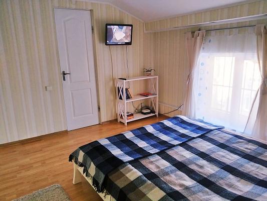 Однокомнатная квартирапосуточно в Львове, Лычаковский район, ул. Узкая, 8. Фото 1