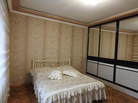 1-кімнатна квартираподобово в Чернівцях. Першотравневий район, пров. Шкільний, 4. Фото 1