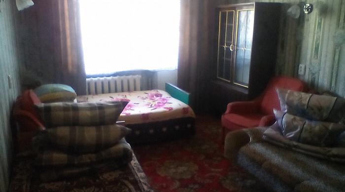 Однокомнатная квартирапосуточно в Святогорске. ул. И.Мазепы (Островского), 58. Фото 1