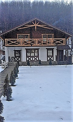 Мини-отель посуточно в Поляне, ул. Духновича, 152