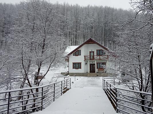 Будинок подобово в Поляні. ул. Духновича, 156 б. Фото 1