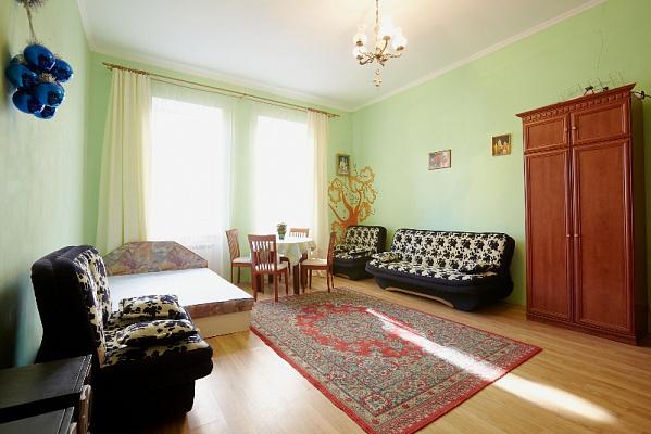 Однокомнатная квартирапосуточно в Львове, Галицкий район, ул. Банковская, 3. Фото 1