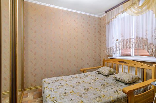 Двухкомнатная квартирапосуточно в Сумах, Ковпаковский район, ул. Ильинская, 55в
