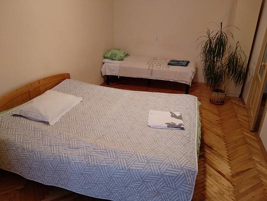 1 room apartmentsdaily Uzhgorod, пр-т Свободы, 39. Photo 1