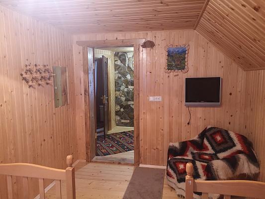 Дом посуточно в Ворохте, ул. Богдана Хмельницкого, 31