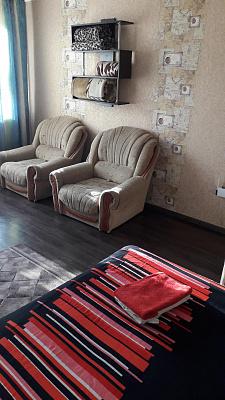 Однокомнатная квартирапосуточно в Днепродзержинске (Каменском), пр-т Аношкина, 7Б. Фото 1