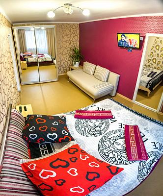 Двухкомнатная квартирапосуточно в Херсоне, Суворовский район, пр-т Ушакова, 51. Фото 1