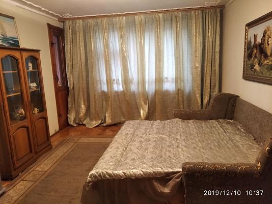 Трехкомнатная квартирапосуточно в Одессе, Киевский район, ул. Академика Глушко, 2