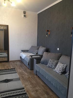 Однокомнатная квартирапосуточно в Ивано-Франковске, ул. Чорновола, 153