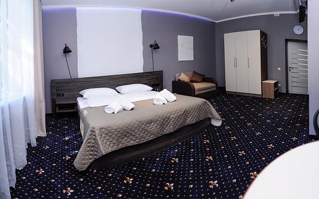 Мини-отель посуточно в Ивано-Франковске, ул. Грюнвальдская, 15. Фото 1