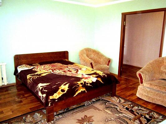 2-кімнатна квартираподобово у Артемівську (Бахмуті), вул. Леваневського, 100. Фото 1