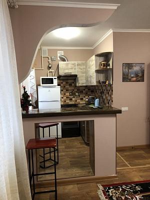 Однокомнатная квартирапосуточно в Лозовой, ул. Богдановская, 20. Фото 1