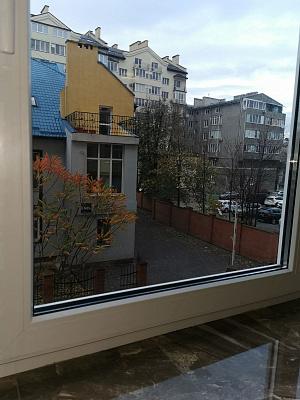 Двухкомнатная квартирапосуточно в Ивано-Франковске, ул. Евгения Коновальца, 7 б