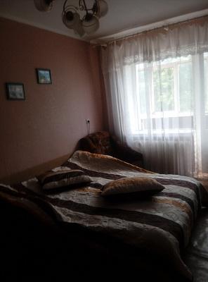 Однокомнатная квартирапосуточно в Шостке, ул. Свободы (К. Маркса), 32. Фото 1