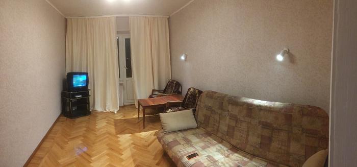 Двухкомнатная квартирапосуточно в Харькове, пр-т Науки (Ленина), 39. Фото 1