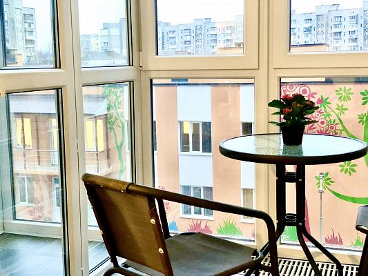 Однокомнатная квартирапосуточно в Виннице, Замостянский район, пр-т Коцюбинского, 43б