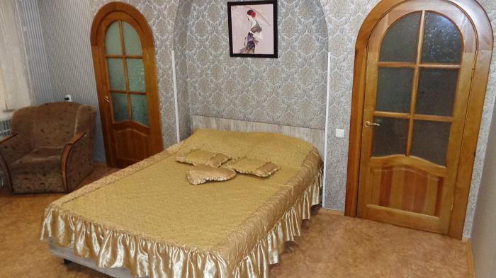 Двухкомнатная квартирапосуточно в Черкассах, б-р Шевченко, 345. Фото 1