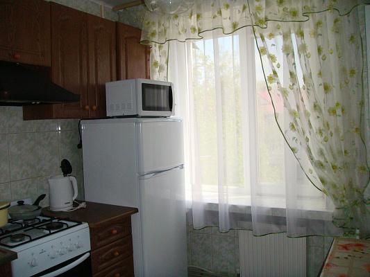 Однокомнатная квартирапосуточно в Умани, ул. В. Фонтанная, 36 а