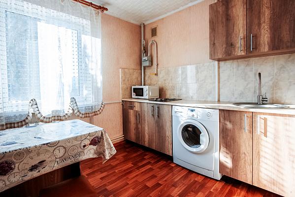 Двухкомнатная квартирапосуточно в Судаке, ул. Гагарина, 6. Фото 1