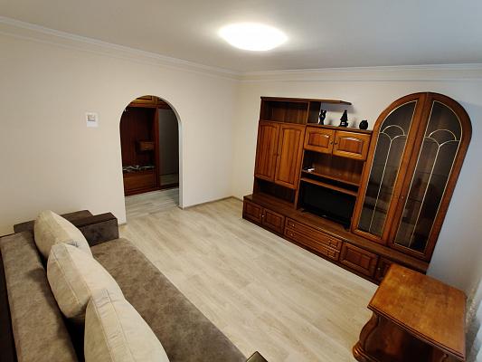 Трехкомнатная квартирапосуточно в Луцке, пр-т. Соборности, 6. Фото 1