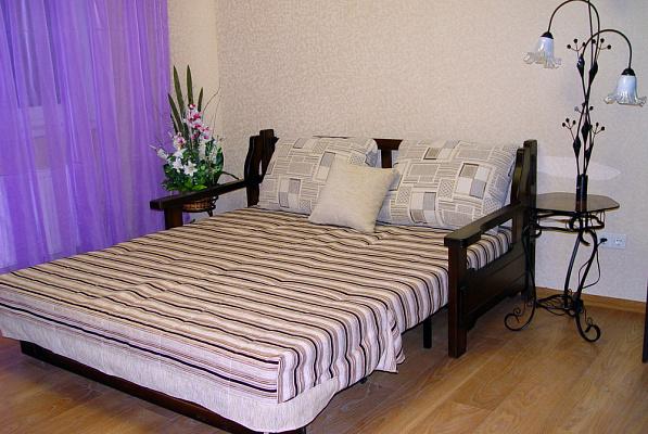 2-кімнатна квартираподобово у Харкові, Московський район, пр-т Тракторобудівників, 94В. Фото 1