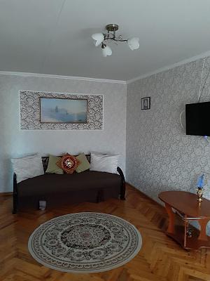 1-кімнатна квартираподобово у Маріуполі, Центральний район, вул. Бахчиванджи, 17. Фото 1