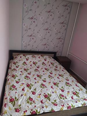 Двухкомнатная квартирапосуточно в Ковеле, ул. Независимости, 55. Фото 1