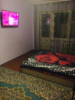 Двухкомнатная квартирапосуточно в Южном, ул. Химиков, 10