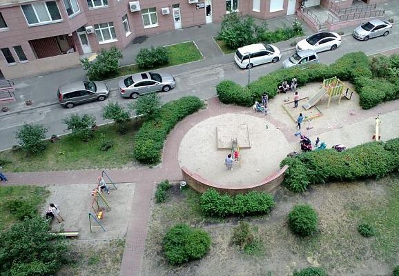 Однокомнатная квартирапосуточно в Киеве, Днепровский район, ул. Никольско-Слободская, 2Б