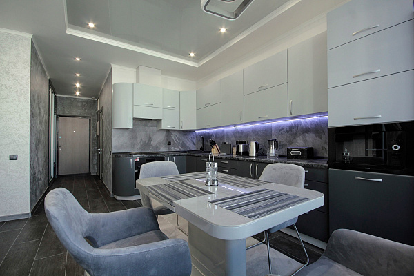 2 rooms apartmentsdaily Odessa, Primorskiy district, ул. Новобереговая, 12а. Photo 1