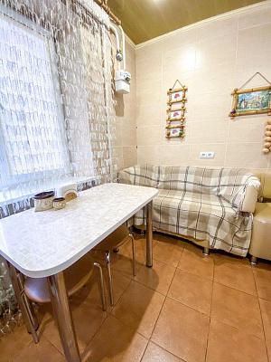 Двухкомнатная квартирапосуточно в Артемовске (Бахмуте), ул. Юбилейная, 28