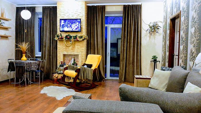 Двухкомнатная квартирапосуточно в Чернигове, Деснянский район, пр-т Мира, 21. Фото 1