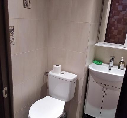 Однокомнатная квартирапосуточно в Мариуполе, Центральный район, пр-т Строителей, 100а