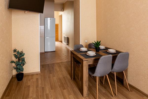 Двухкомнатная квартирапосуточно в Львове, Галицкий район, ул. Пантелеймона Кулиша, 4