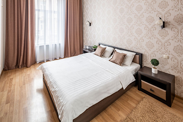 Двухкомнатная квартирапосуточно в Львове, Галицкий район, ул. Пантелеймона Кулиша, 4. Фото 1