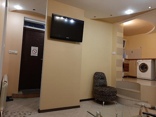2 rooms apartmentsdaily Uzhgorod, ул. Мукачевская, 60/4. Photo 1