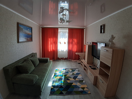 3 rooms apartmentsdaily Mariupol, Primorsky district, ул. Лавицкого, 20. Photo 1