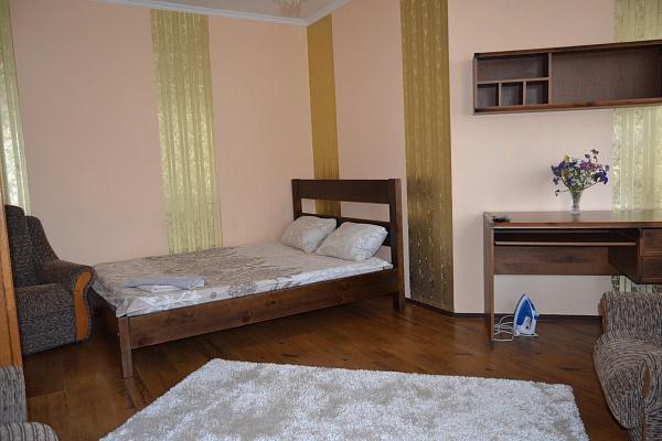 1-кімнатна квартираподобово у Луцьку, вул. Кравчука, 15г. Фото 1