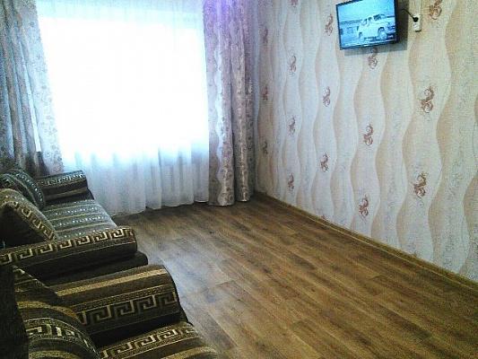 1 room apartmentsdaily Krasnoarmeysk (Pokrovsk), мкр. Южный, 12. Photo 1