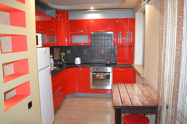 2 rooms apartmentsdaily Mariupol, TSentralnyy district, пр-т Мира, 66/39. Photo 1