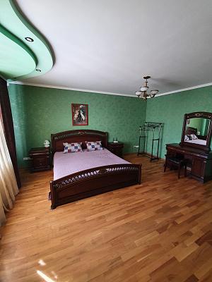 Двухкомнатная квартирапосуточно в Миргороде, ул. Кашинского, 4. Фото 1