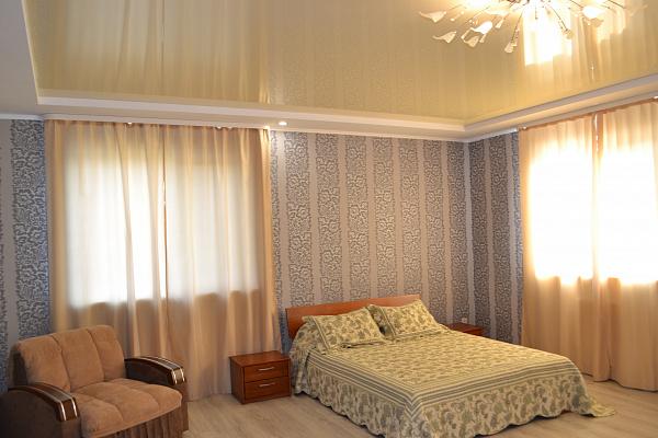 Однокомнатная квартирапосуточно в Херсоне. Суворовский район, ул. Соборная, 3. Фото 1