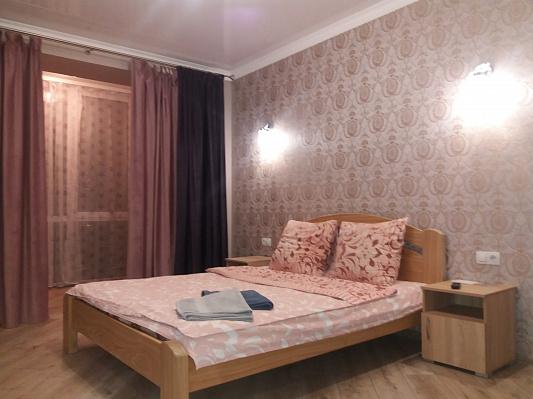 Однокомнатная квартирапосуточно в Луцке, ул. Яровиця, 17. Фото 1