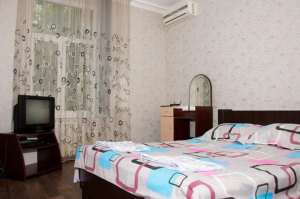 Однокомнатная квартирапосуточно в Одессе. Приморский район, Пл. Веры Холодной, 3. Фото 1