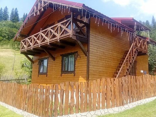 Дом посуточно в Ворохте, ул. Руднева, 18б. Фото 1