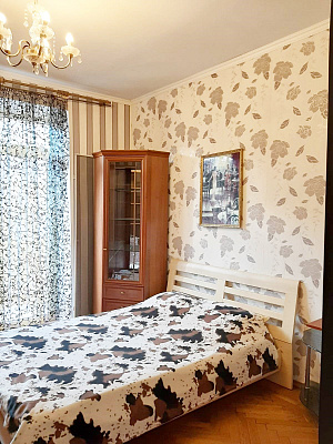 Трехкомнатная квартирапосуточно в Одессе, Приморский район, ул. Ришельевская, 7. Фото 1
