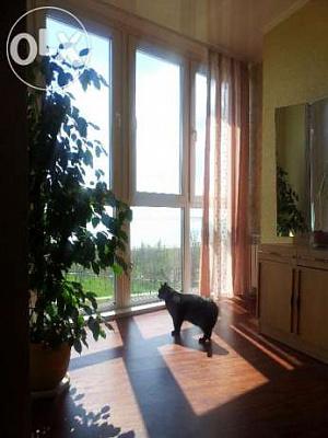 Трехкомнатная квартирапосуточно в Южном. ул. Приморская, 19. Фото 1